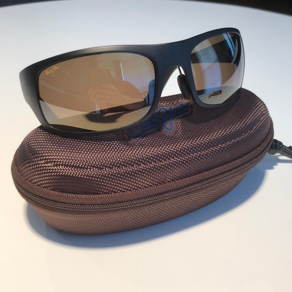 5d3199126b M_5be46fcede6f626bdfded16d. Other Accessories you may like. Maui Jim Twin  Falls MJ417-26B Sunglasses